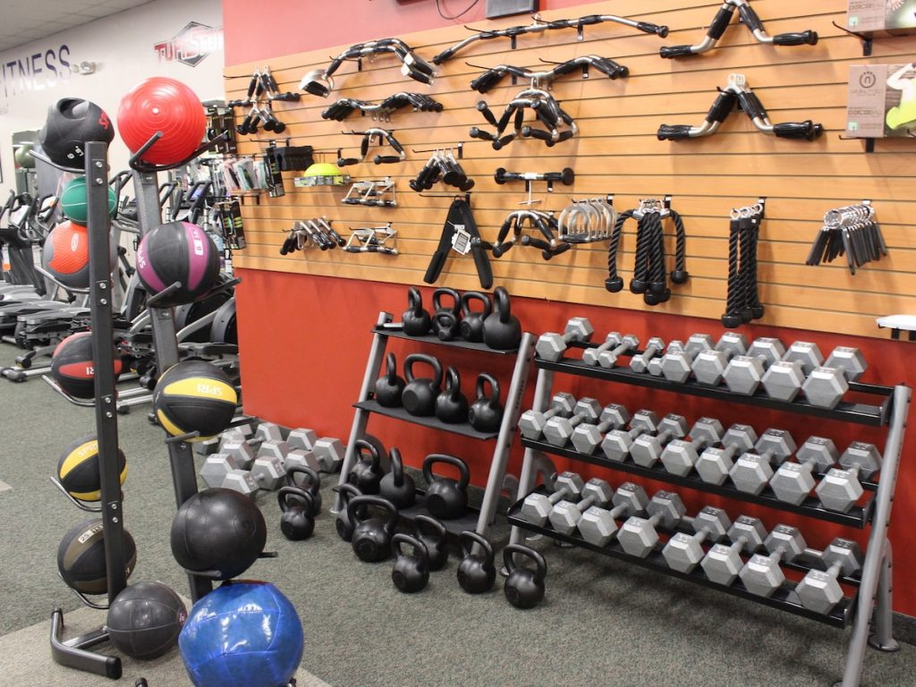 sports equipments stores in muscat